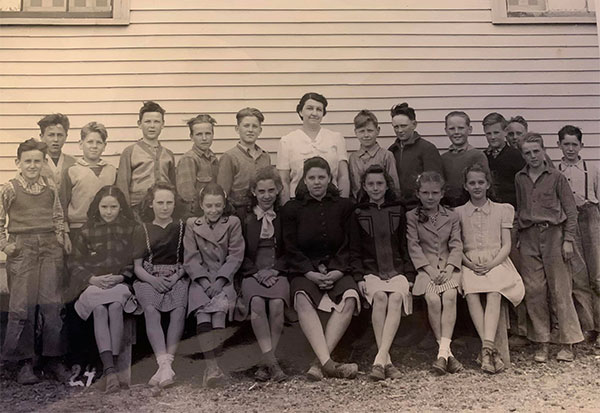 1945-1946 Beals School, Grades 4-6th