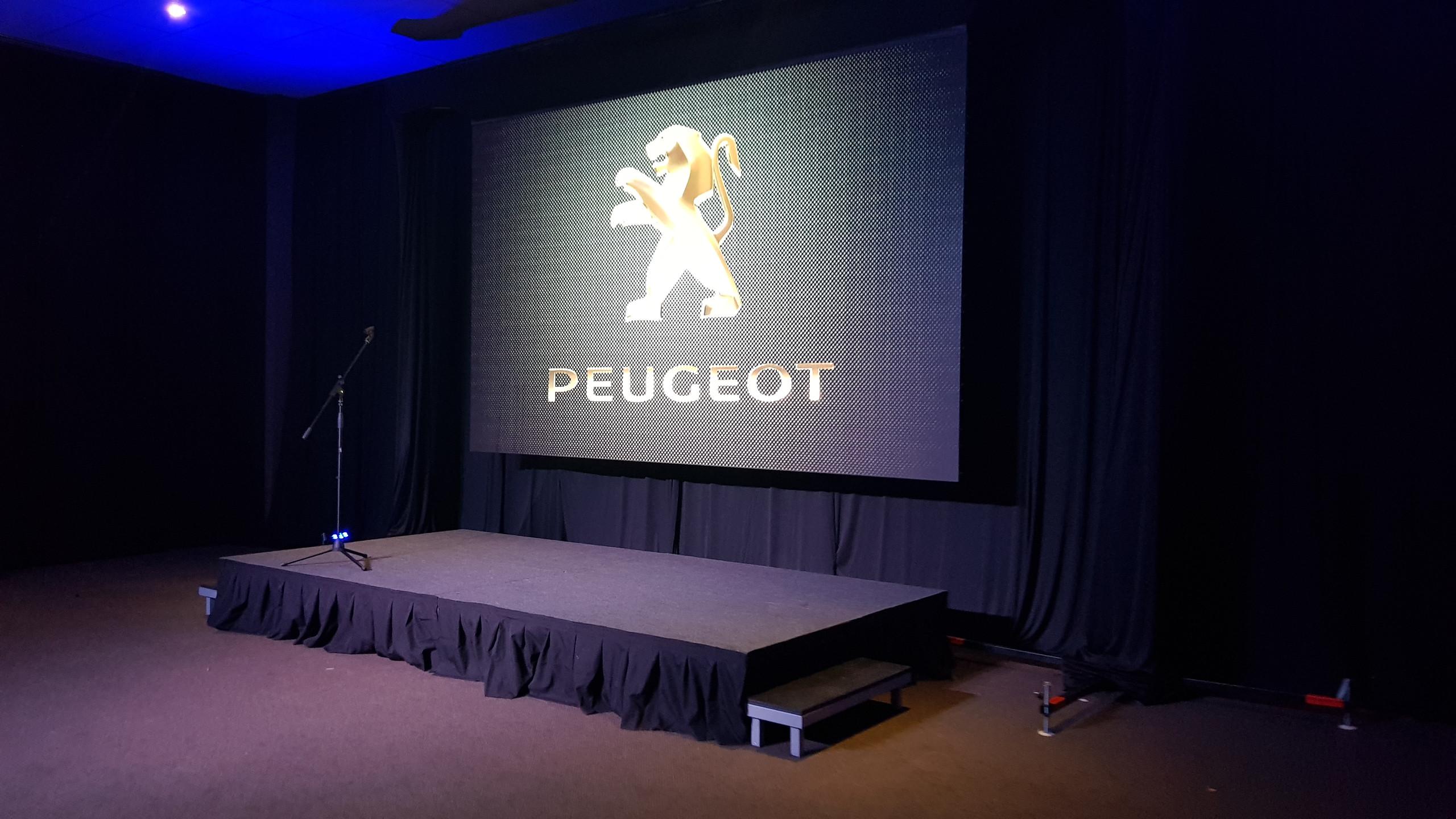 Lanzamiento Peugeot 3008 - 5008