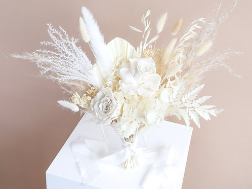 The Ethereal Petite Bouquet