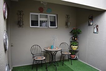 Self-catering-garden-cottage-cape-town-0