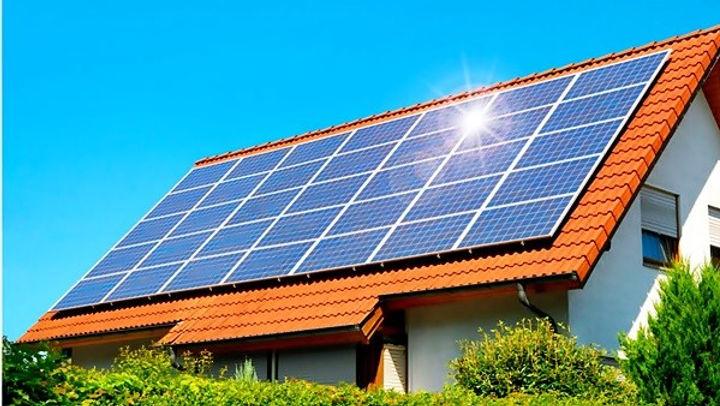 Energia Solar gera economia de 50% e 95%