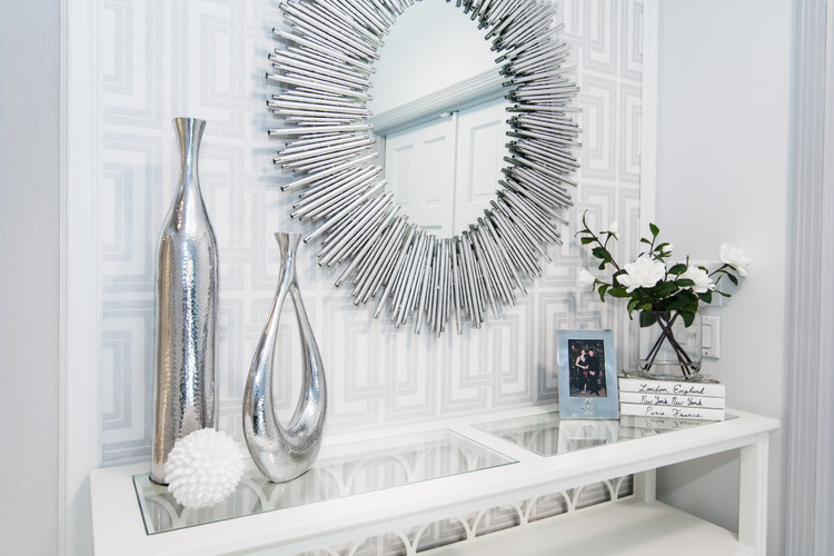 Modern and glam entry