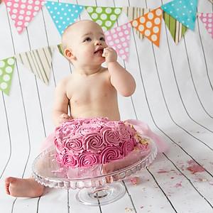 Emilia Cake Smash