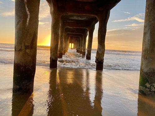 MB Sun behind pier 2020