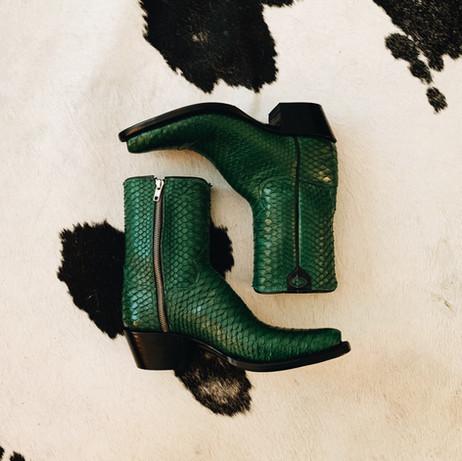 Mens Python Side Zipper Boot