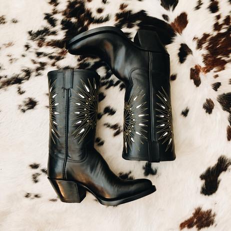 Vintage Acme designed cowboy boot