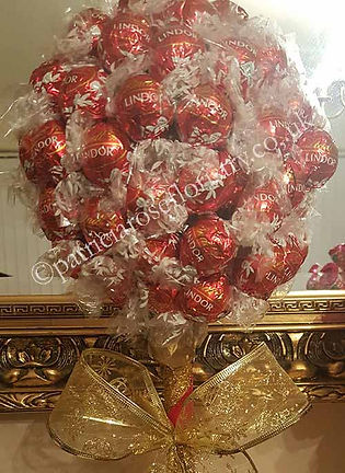 Lindt-chocolate-tree-fromavilable-1.jpg