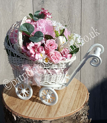 NOVELTY BABY ARTIFICIAL FLOWER PRAM WM.j