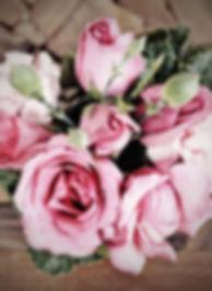 Dusky-Pink-Premium-Roses_128198207.jpg
