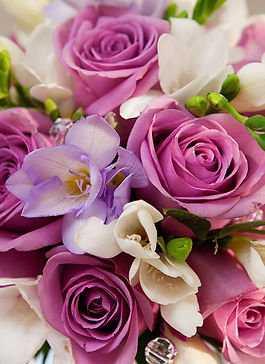 Dusky-Mauve-Premium-Roses-with-Cream_671