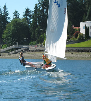 Sailing builds teamwork and a sense of adventure for these teens at summer camp classes