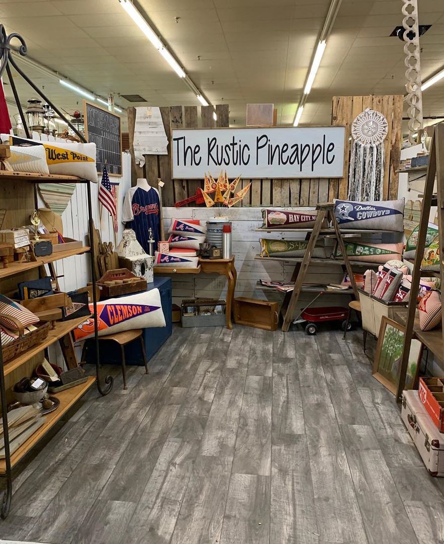The Rustic Pineapple