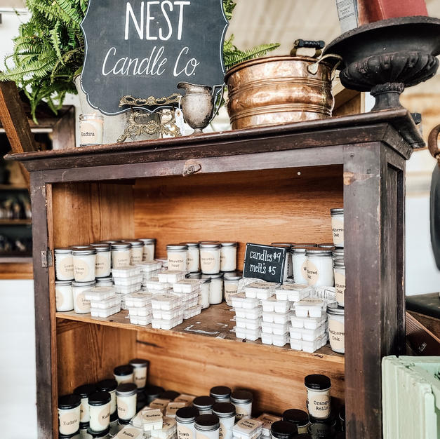 Squirell's Nest Candle Co in 86 & Everet