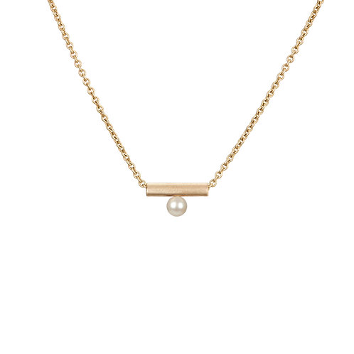 gold and pearl necklace, handmade in Dublin