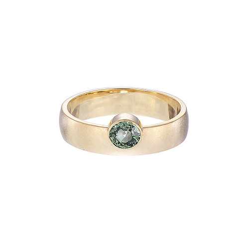 gold and green sapphire wide ring, handmade in Dublin