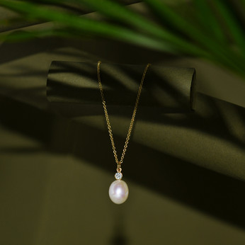 Say it with Pearls this Mother's Day