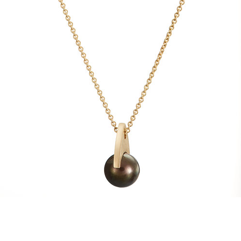 Gold and black pearl necklace, Handmade in Dublin.