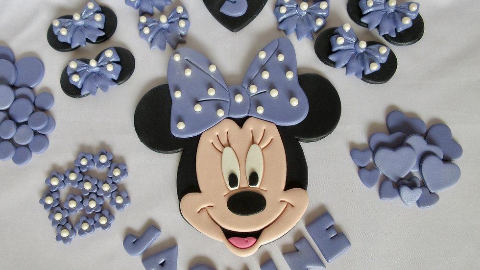 Purple Minnie Mouse Cake topper.