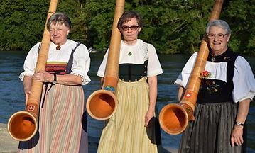 Alphorn im Geissenschachen, Alphorngruppewasserschloss