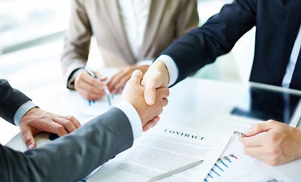 handshake-close-up-of-executives_1098-13