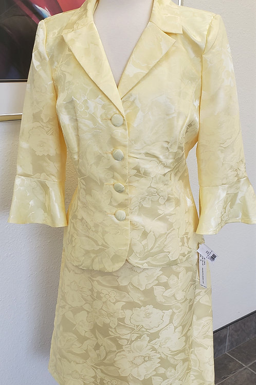 Danillo Suit, NWT, Size 10
