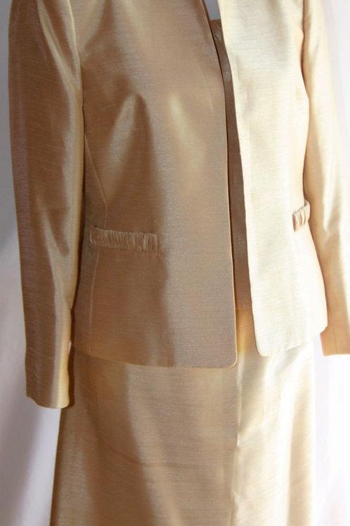 Kasper Suit, 3 pcs, Size 10P    SOLD