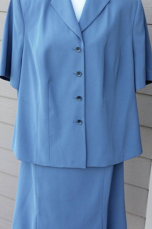 Amanda Smith Suit, Size 20W    SOLD