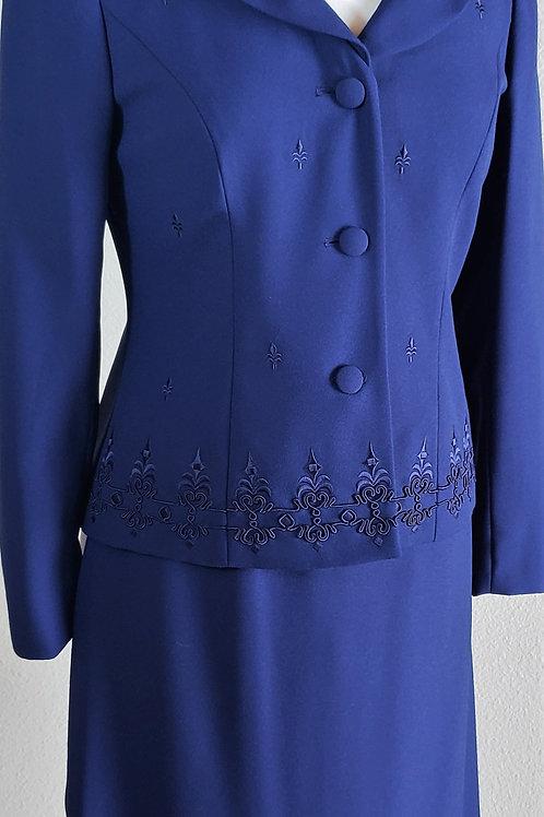 Emily Suit, Size 8P    SOLD