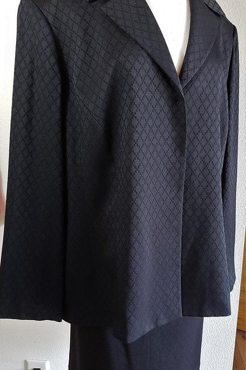 Tahari Suit, Size 24W