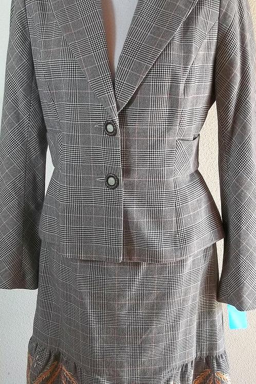 Phoebe Suit, Size 6