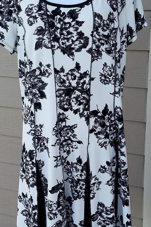 Sami & Jo Dress, Size 2X    SOLD