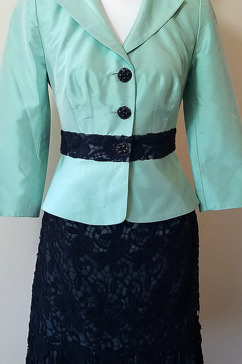 Kay Unger Suit, Size 2    SOLD
