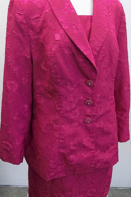 KB Studio Suit, Size 16W     SOLD