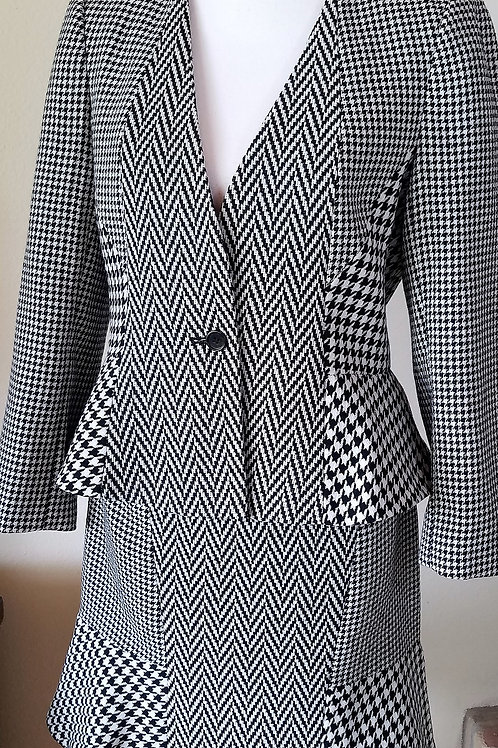 Ann Taylor Suit, Jacket Size 10, Skirt Size 8      SOLD