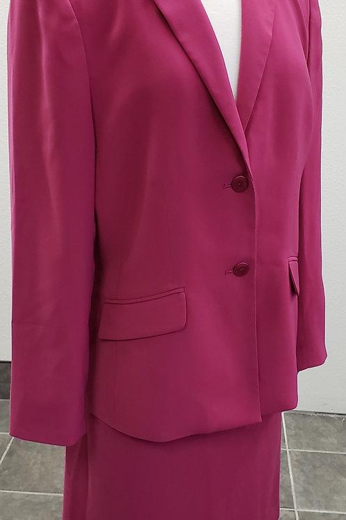 Kasper Suit, Size 16