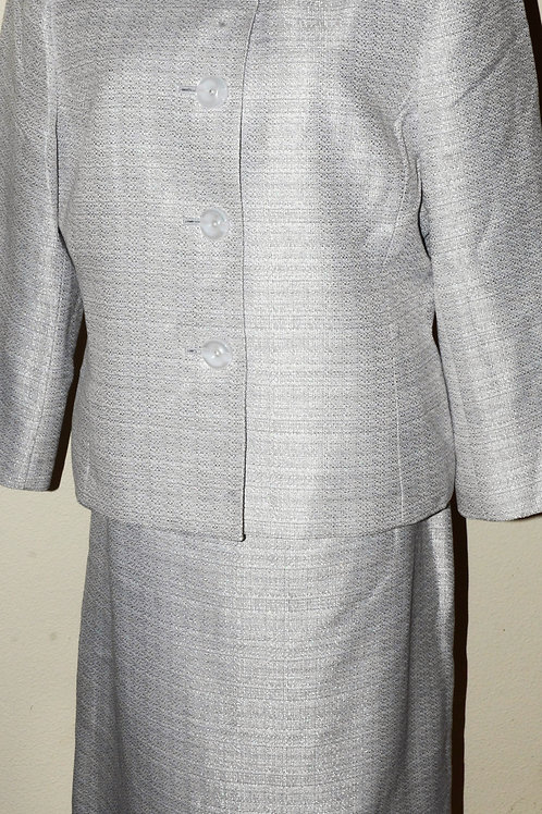 Jones Wear Suit, NWOT, Size 14   SOLD