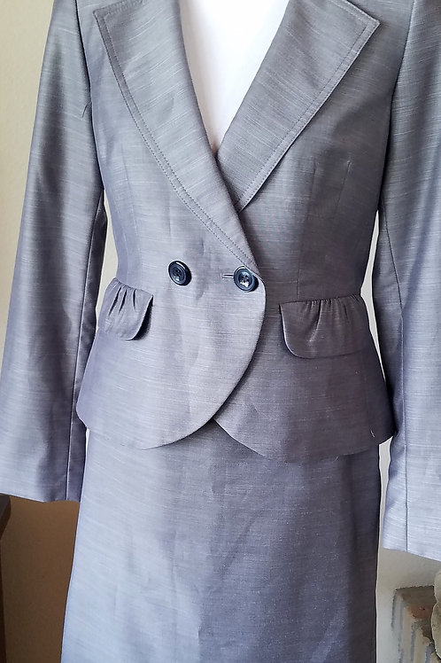 Nine West Suit, Size 4    SOLD