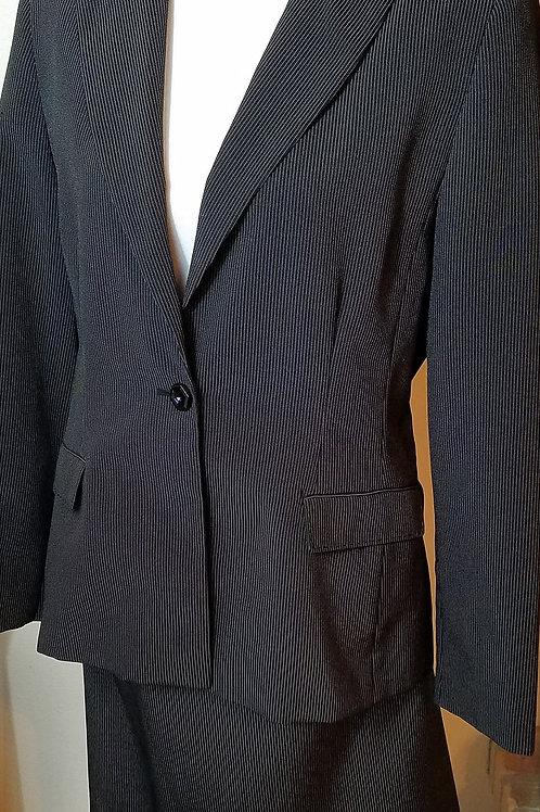 Larry Levine Classics Suit, Size 10
