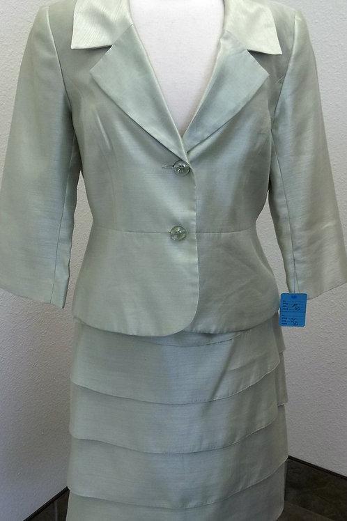 Isabella Suit Size 8