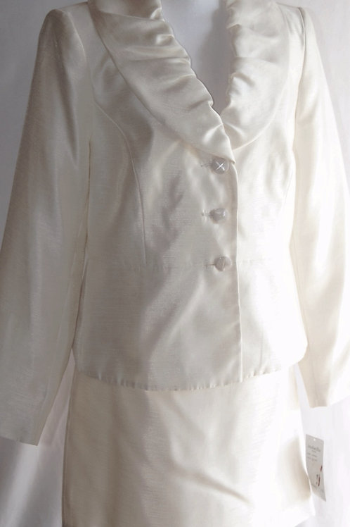 Isabella Suit, NWT, Size 12