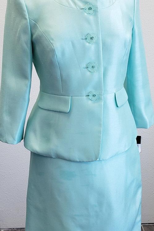 Le Suit, Mint Suit, NWT, Size 2P   SOLD