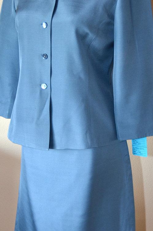 Dana Buchman Suit, Size 6P   SOLD