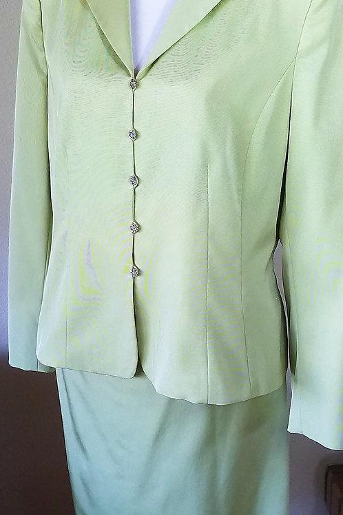 Kasper Suit, Size 14    SOLD