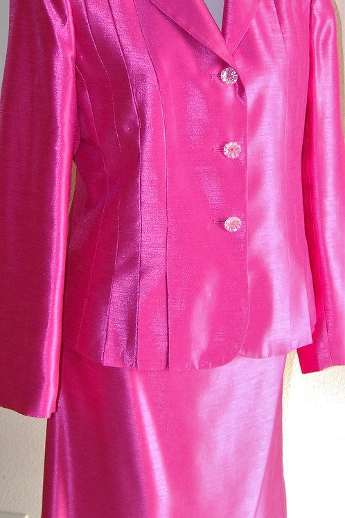 Le Suit Essentials Suit, Size 8   SOLD