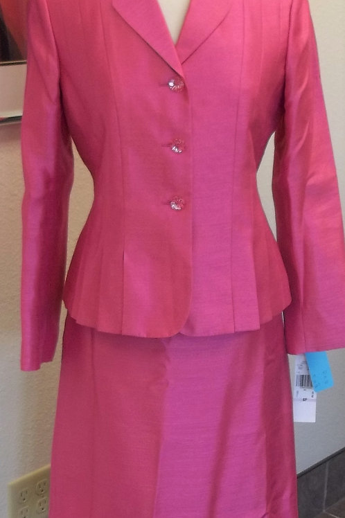 Le Suit Essentials Suit, NWT, Size 6