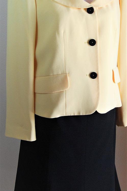 Kasper Suit, Size 12P    SOLD