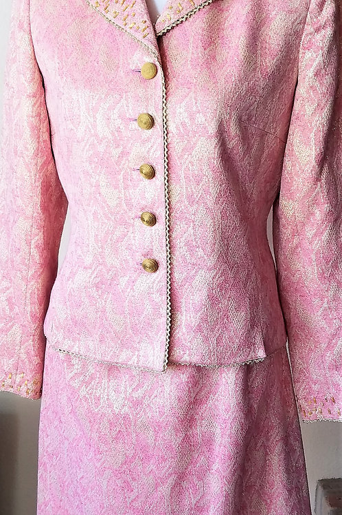 Kay Unger Suit, NWOT Size 4    SOLD