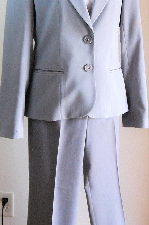Anne Klein Pants Suit, Size 8, Sz 10  SOLD
