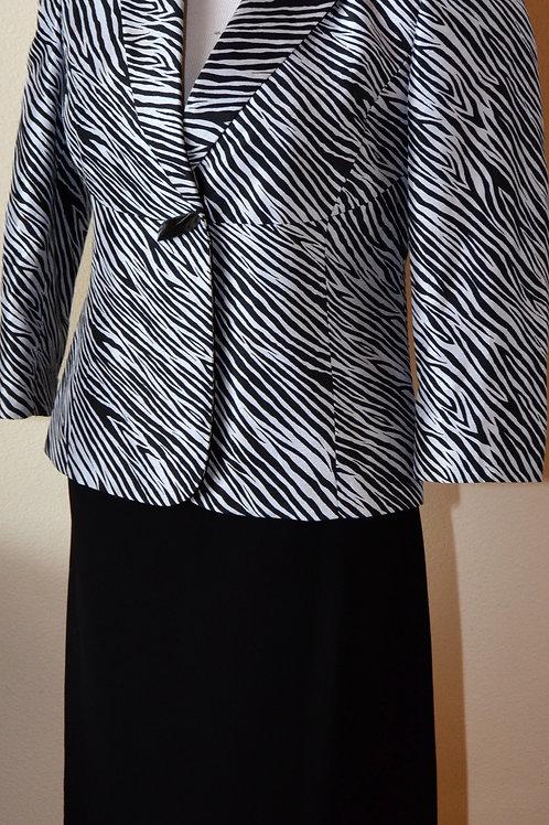 Le Suit, Suit, Size 4P   SOLD