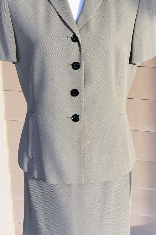 Ann Taylor Suit, Size 10    SOLD
